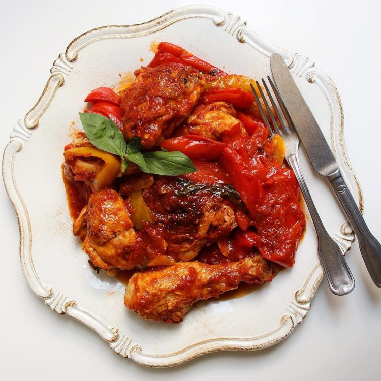 Pollo con Pepperoni Recipe: Traditional Meat Dish in Roman Cuisine
