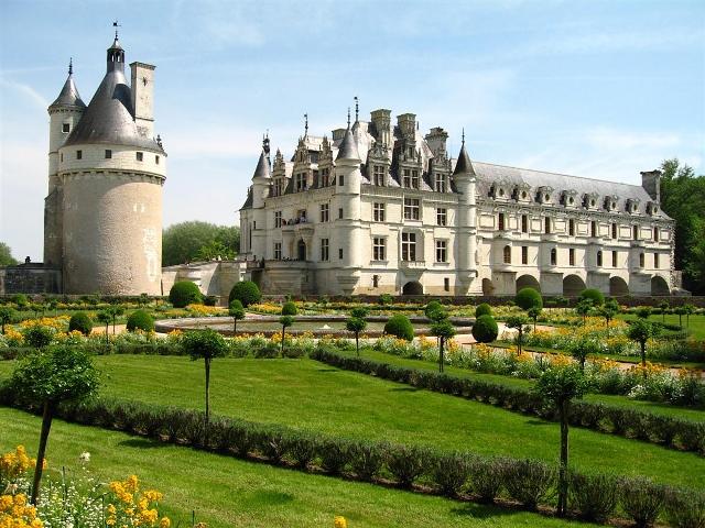 Château_de_Chenonceau_Loire valley wine region France