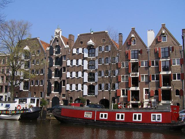 Brouwersgracht-canal-amsterdam