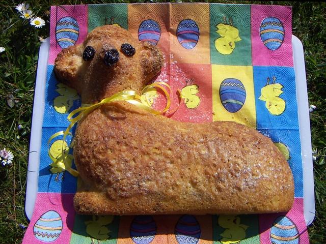 Czech lamb cake