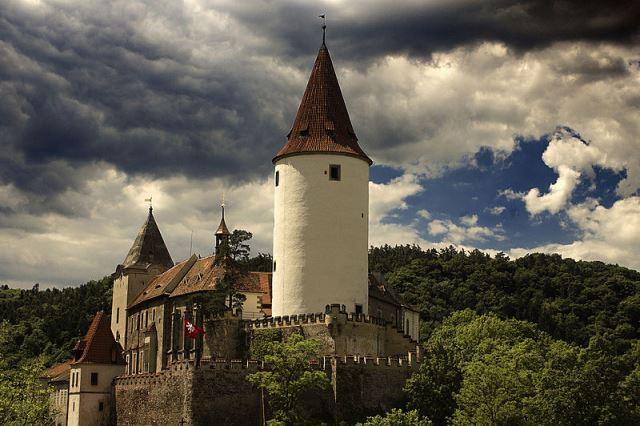 Krivlokat Castle