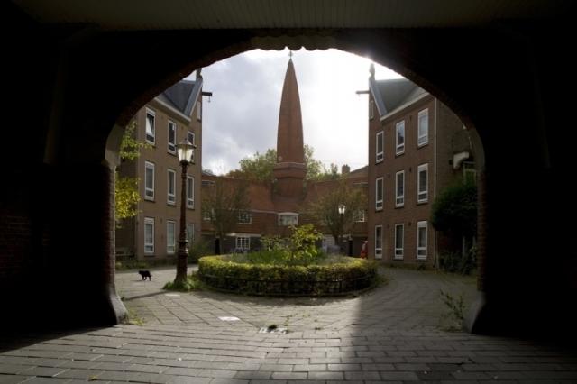 amsterdam a metropolitan village