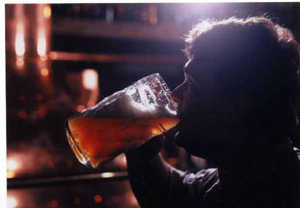 prague_beer_drinking_brewery