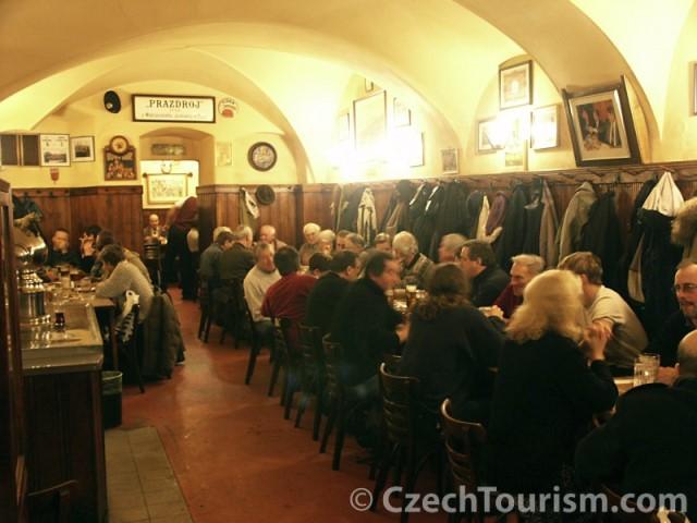 U Zlatého tygra Prague