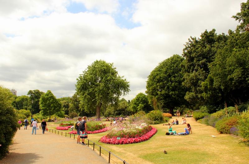 Unwind in London's Parks