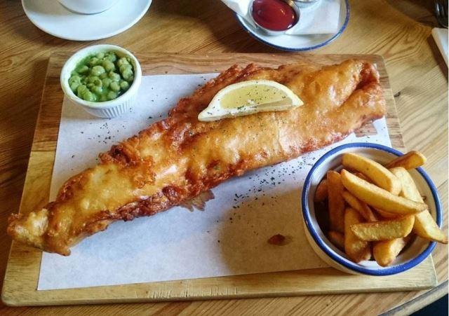 Londonfoodfatty (@londonfoodfatty)