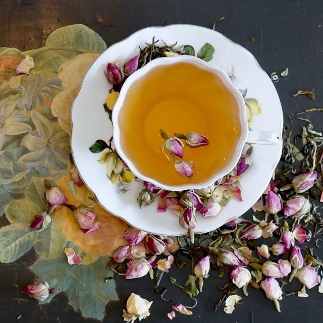 Las tazas de té en Orange Pekoe se ven lo suficientemente buenas para comer