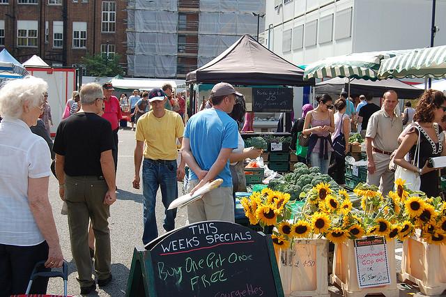 Marylebone Farmers' Market by Mangus D..