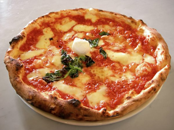 Soft and chewy Napoletana pizza