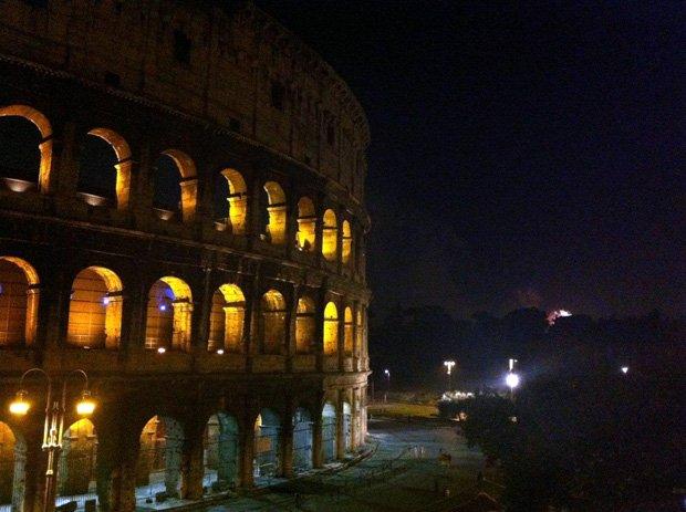 colosseum-view-rome-aperitif.jpg