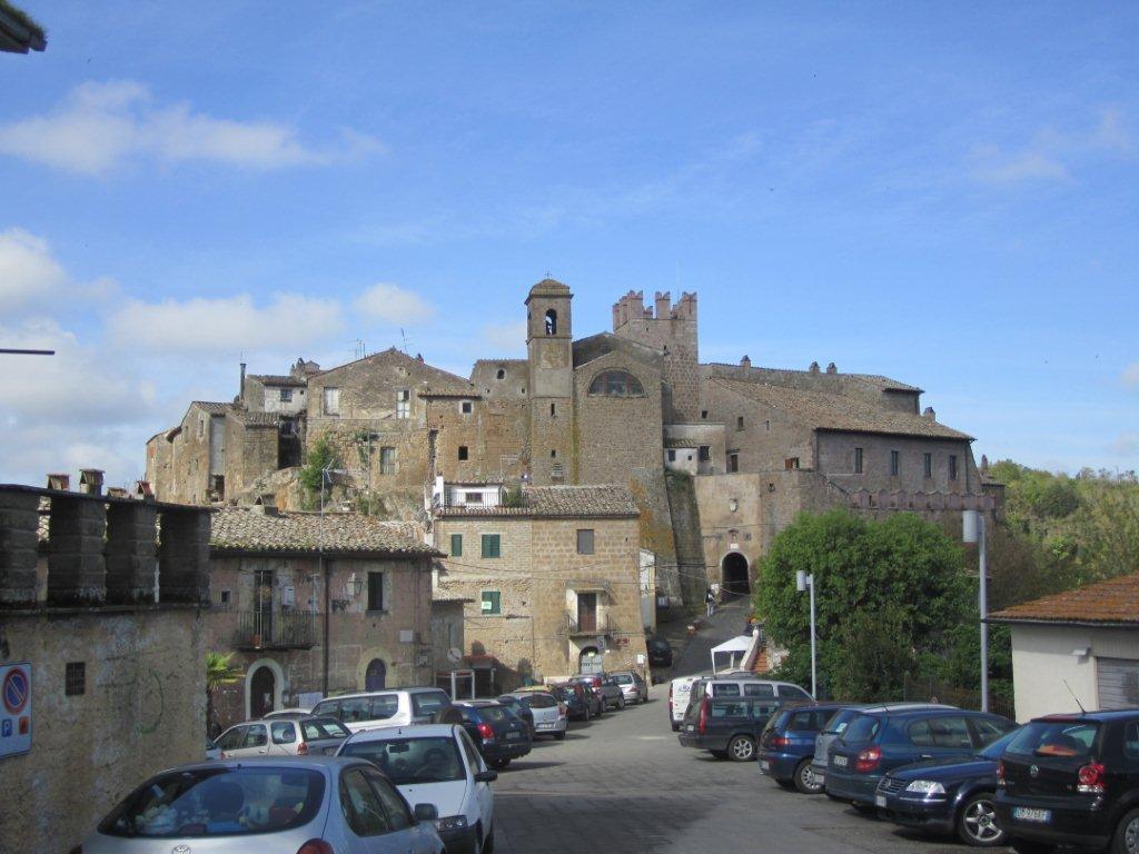rome-travel-calcata