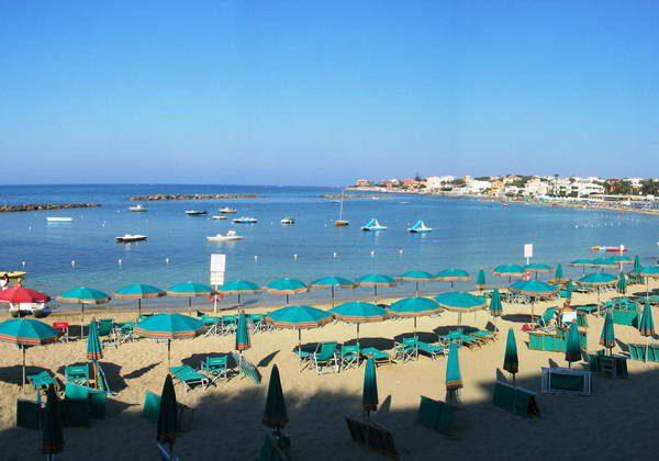 Santamarinella is one of Rome's best-kept beach secrets in summer