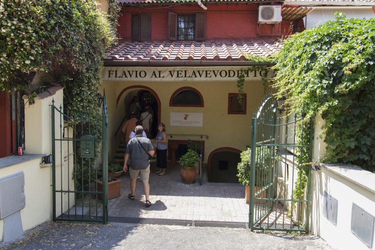 Flavio al Velavevodetto Trattoria (Restaurant) in Rome