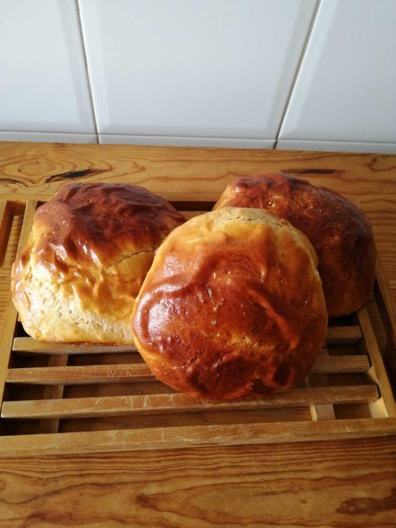 Traditional Portuguese Easter Recipe: Sweet Bread (Folar da Páscoa)
